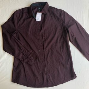 H&M men's large button up NWT Maroon